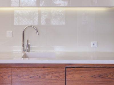 Paraschizzi Per Cucina In Vetro.Progetti Galss Solutions Qualita E Trasparenza